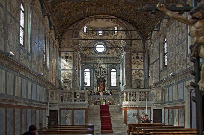 The interior of the Santa Maria dei Miracoli